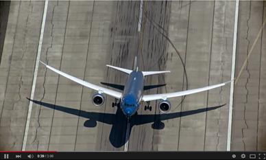 Boeing-787-9-Dreamliner-Beauty-of-Composites